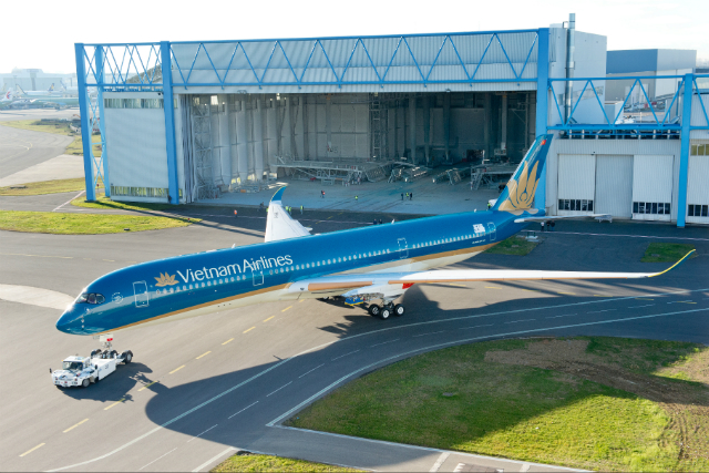 Vietnam Airlines A350 - Airbus