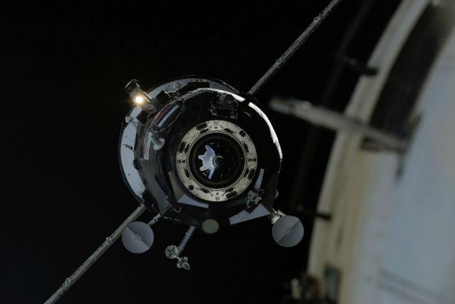 Progress approaching ISS c NASA