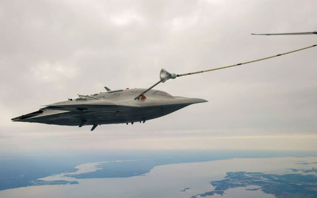 X-47B dry ARR connection - NAVAIR