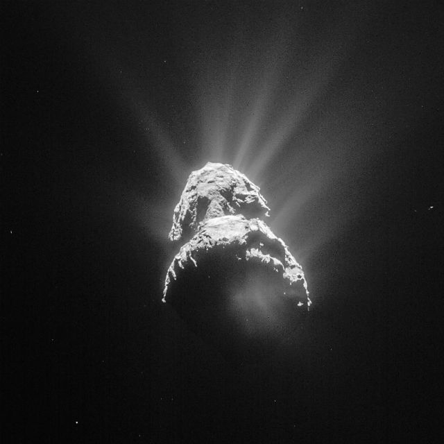 67P by Rosetta c ESA