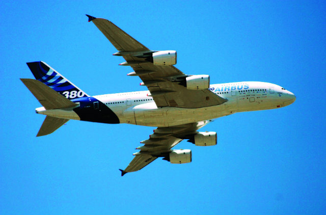 2005 A380 Sipa Press, Rex Features 640