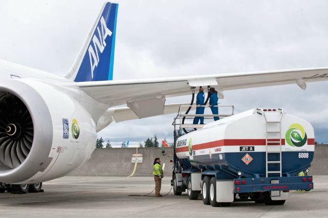 ANA 787 biofuel test flight c BOEING 640