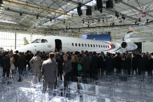 Falcon 5X roll-out