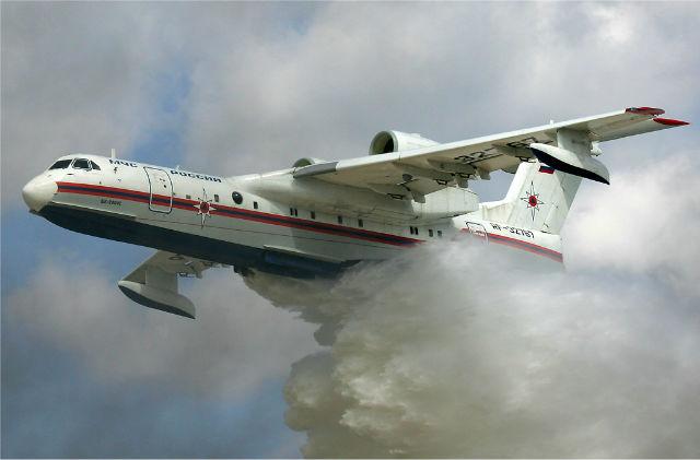 Beriev Be-200 waterbomber 640 c Dmitriy Pichugin +