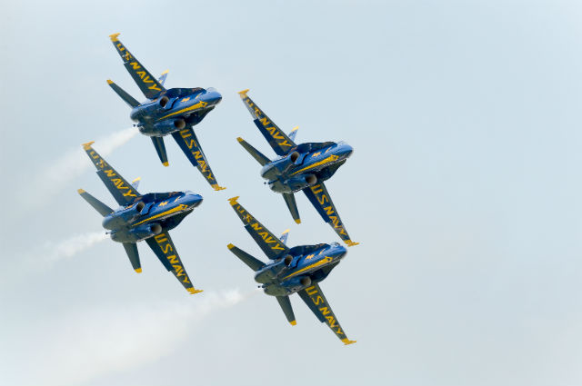 Blue Angels c USN 640 150822-N-WJ386-134