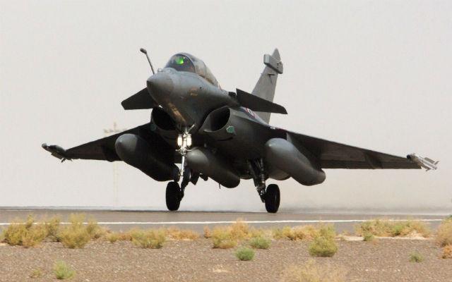 Op Chammal Rafale en route to Syria - ECPAD/SIPA/R