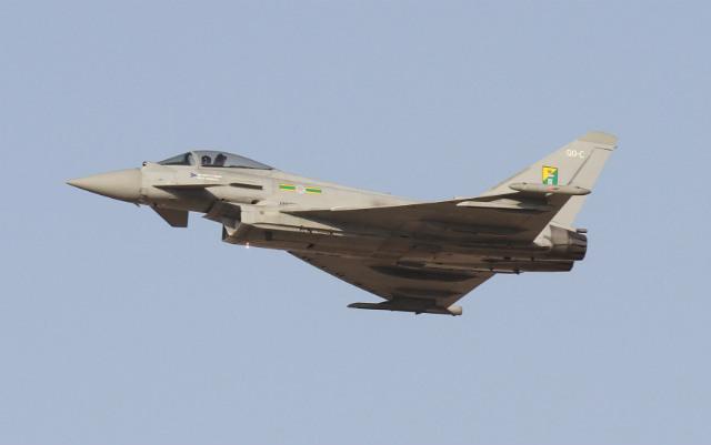 RAF Typhoon Dubai 2015 - BillyPix