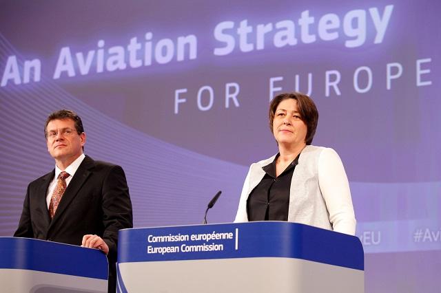 Bulc at aviation strategy