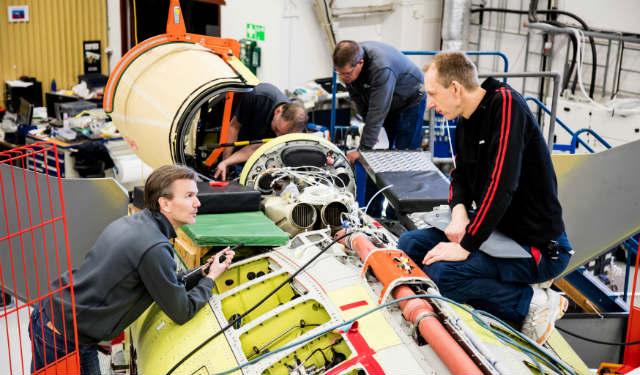 Gripen E build - Saab