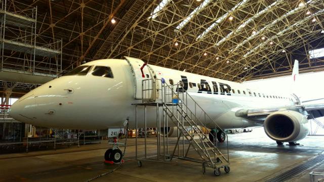J-Air E190 by Aaron Chong