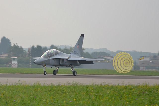 M-346 Poland parachute