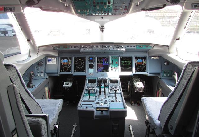 Superjet cockpit