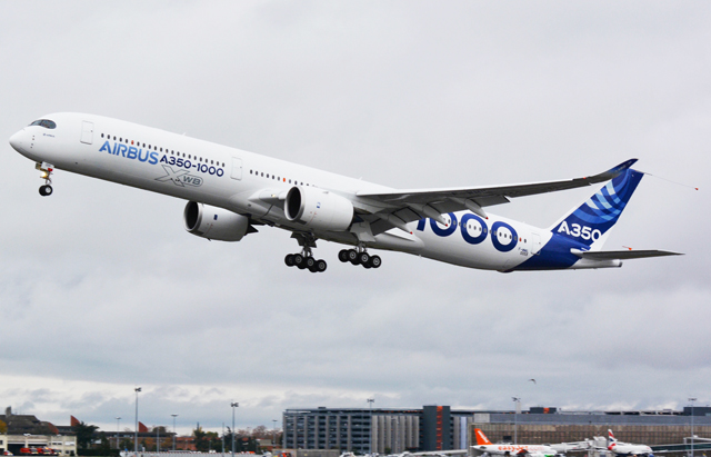 A350-1000 maiden flight