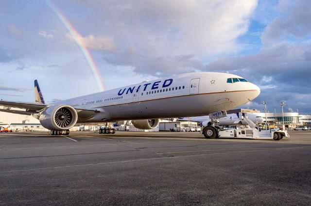 United 777-300ER one