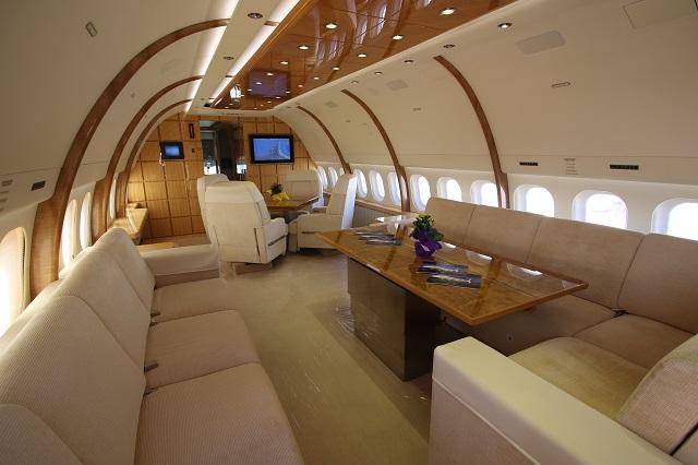 VIP 757