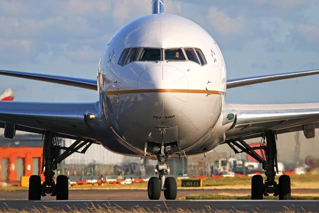 United 767-300