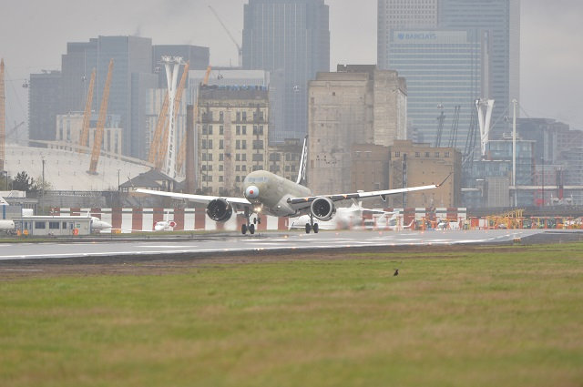 CS100 at London City 032217. Source: bomber. 640px