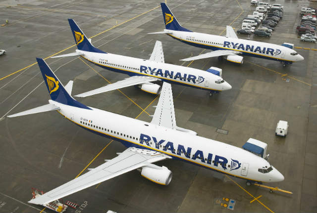 Ryanair 737s - Ryanair