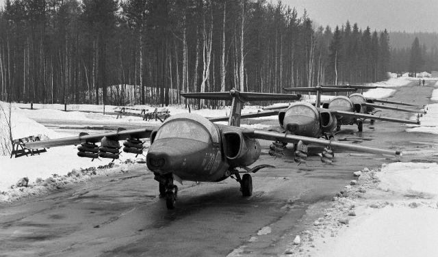 Armed Saab 105 - Saab