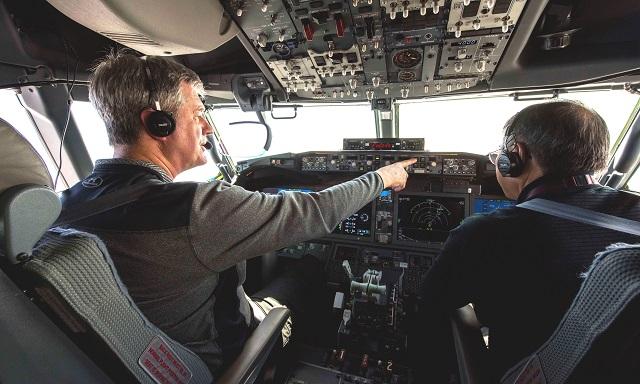 Paul Smith in cockpit flight test 737 Max 8
