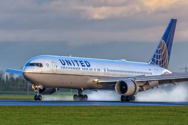 767-300 United