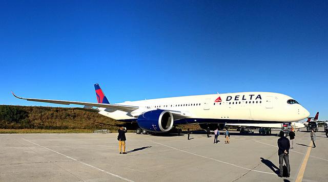 Delta A350 640