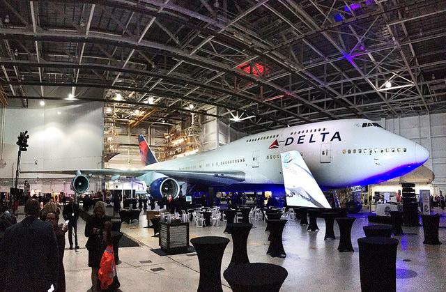 Delta 747 at MSP