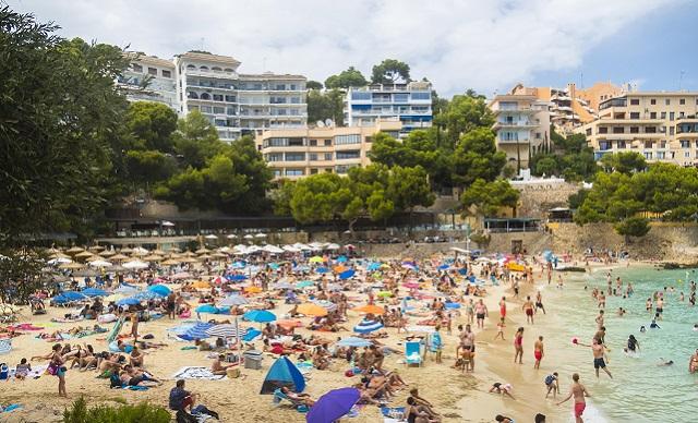 Major tourism main (c) Rex Shutterstock