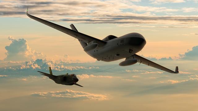 MQ-25 & F-35