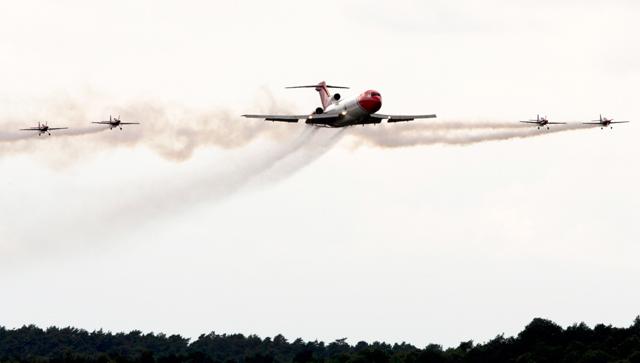 727 in-flight Farnborough
