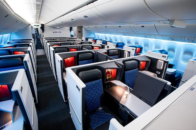 Delta Suite 777