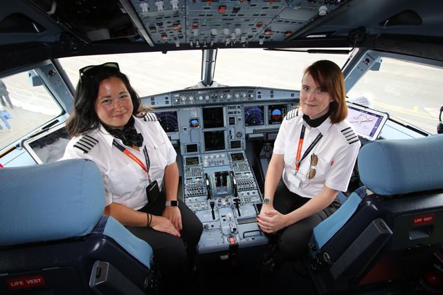 EasyJet Pilots Suki Adams and captain Zoe Ebrey