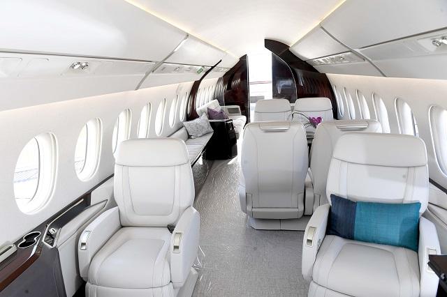 6x interior-640