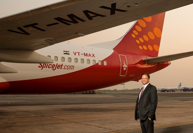 SpiceJet Boeing 737 MAX 8 with CEO