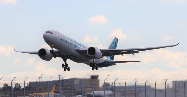 A330-800 first flight