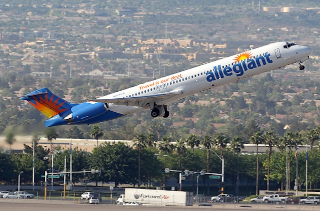 Allegiant MD-80 AirTeamImages