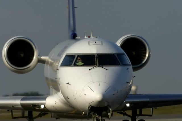 CRJ-700 640 c Aviation Images REX Shutterstock rex