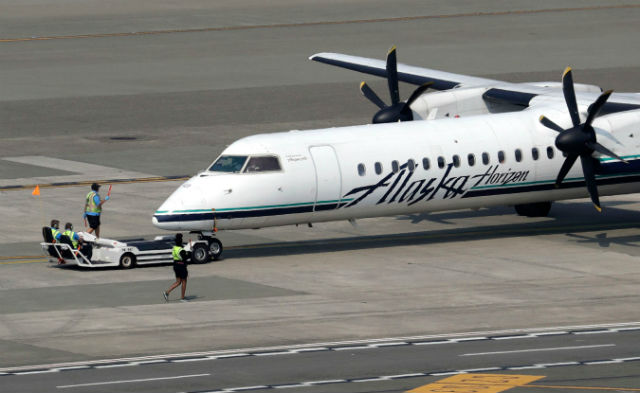 Q400 Seattle 640 c Elaine Thompson AP REX Shutters