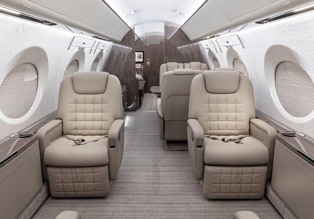 QR G500 interior