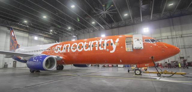Sun Country 737 new livery