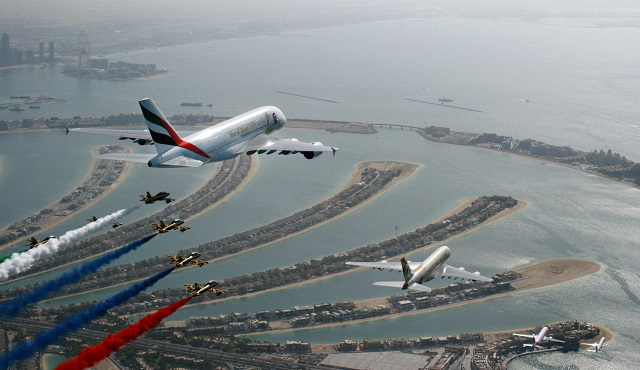 UAE-formation-2-c-Emirates-640