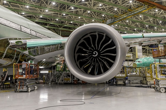 777X test aircraft gets GE9X-1-640px