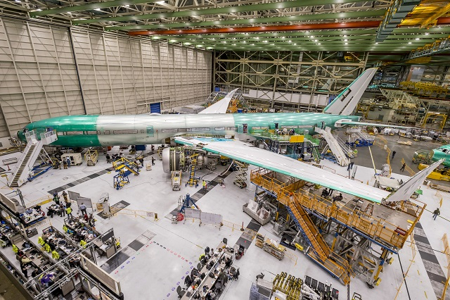 777X test aircraft gets GE9X-2-640px