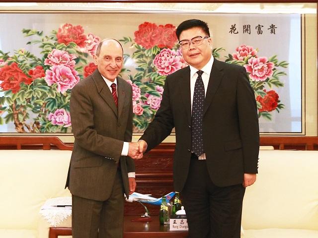 Akbar Al Baker & Wang Changshun