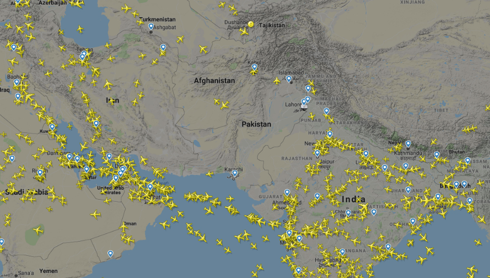flightradar24 pakistan airspace resize