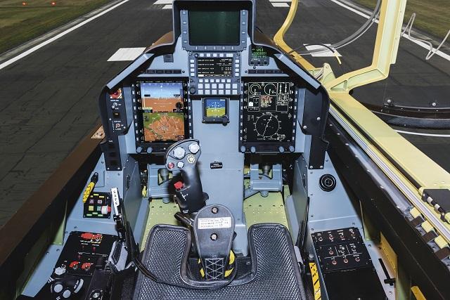 L39-cockpit-640