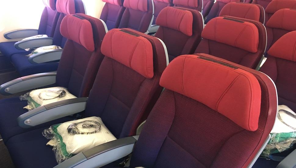 latam economy class seats