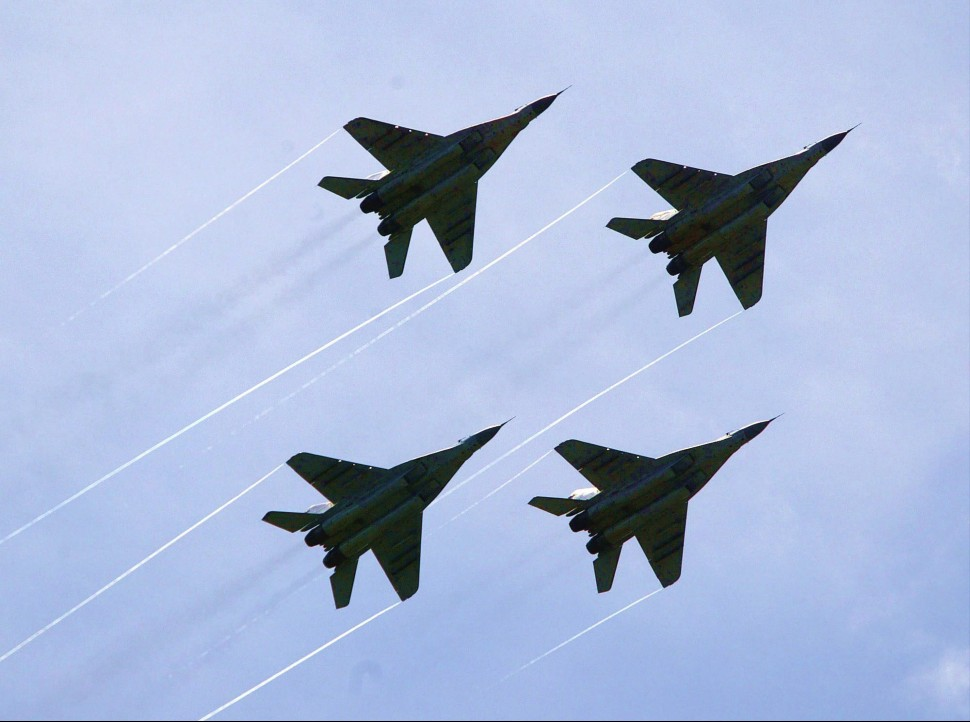 Malaysia MiG-29s at LIMA 2003 970 c Ahmad Yusni EP