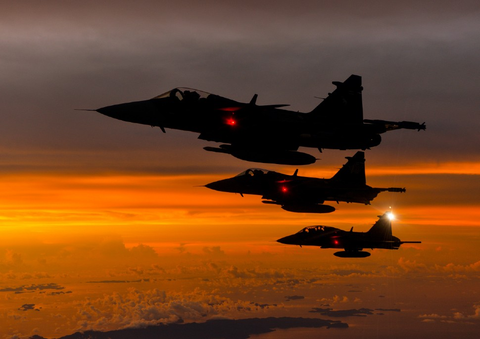 Thai AF Gripens 970 c Saab 066AFA 120501 0276