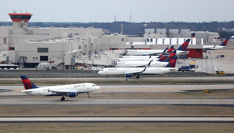 Atlanta airport-delta-970-(c) Rex Shutterstock